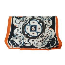 b393cc6038d6 Hermès-Echarpes-Noir,Beige,Orange ...
