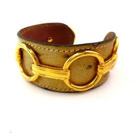 Hermès-Bracelet manchette Hermès Beige en cuir véritable autruche-Beige