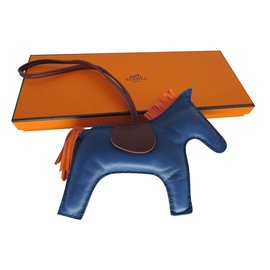 Hermès-GRIGRI RODEO CHARM-Rouge,Bleu,Orange