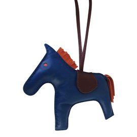 Hermès-GRIGRI RODEO CHARM-Rouge,Bleu,Orange