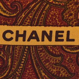 Chanel-Foulard en soie imprimée-Rouge,Multicolore,Autre