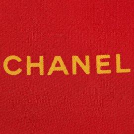 Chanel-Foulard en soie imprimée-Rouge,Doré