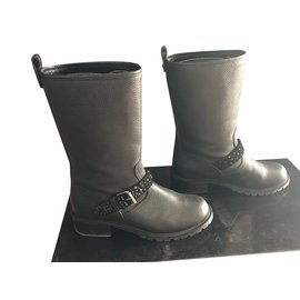 40e0e5fd7468 Second hand Giuseppe Zanotti Boots - Joli Closet