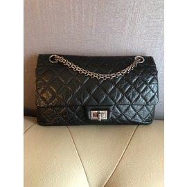 Chanel-Reissue-Black