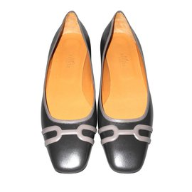 Hermès-Hermès gray leather ballerinas perfect condition with their bags-Grey