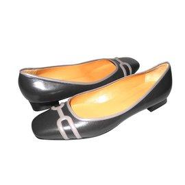 Hermès-Hermès ballerines cuir grises parfait état avec leurs pochons-Gris