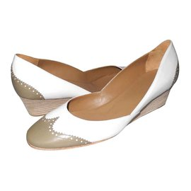 Hermès-white and taupe two-toned wedge pumps very good condition-White,Taupe