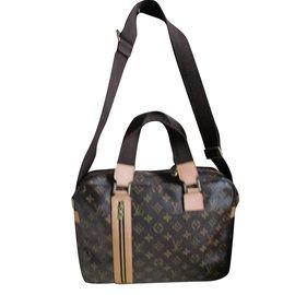 7bbe9e85cde6 Second hand Louis Vuitton Bags Briefcases - Joli Closet