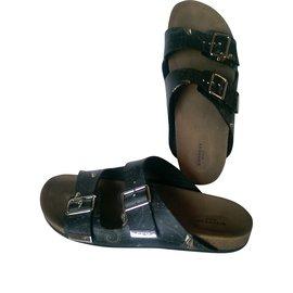 db2045da230a Second hand Men Sandals - Joli Closet