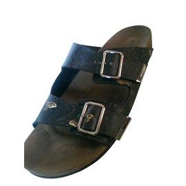 Givenchy-Men Sandals-Black