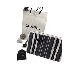 Chanel-Clutch-Black