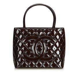 Chanel-cabas en cuir verni-Marron,Marron foncé