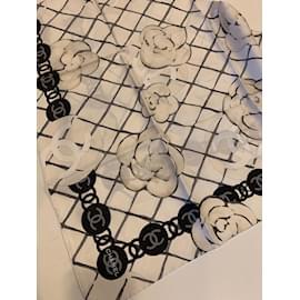 Chanel-FOULARD-Blanc cassé