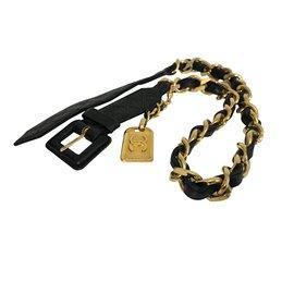 Chanel-Ceinture Chanel cuir et chaîne avec pendant-Noir,Doré
