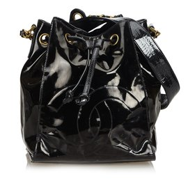 Chanel-Sac seau à cordon en cuir verni-Noir