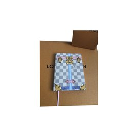 Louis Vuitton-Carnet Clémence-Beige