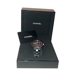 Chanel-J12-Noir