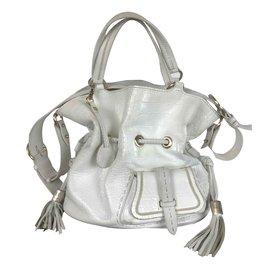 1eb00abcc3ee Second hand Handbags - Joli Closet