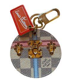 Louis Vuitton-Bijoux de sac Louis Vuitton Summer Trunk 2018 Damier  ébéne-Autre ... 3fa57bd29dd