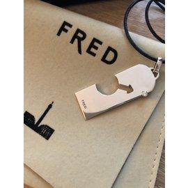 Fred-Collier Fred sur cordon cuir-Argenté