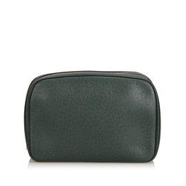 Louis Vuitton-Trousse de toilette taïga GM-Vert