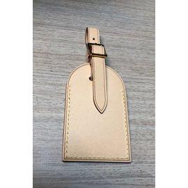 Louis Vuitton-Charme de téléphone-Beige