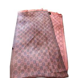 2f02328b4731 Foulards Gucci occasion - Joli Closet