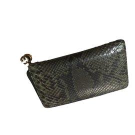 40424386e3fc Second hand Gucci Wallets - Joli Closet