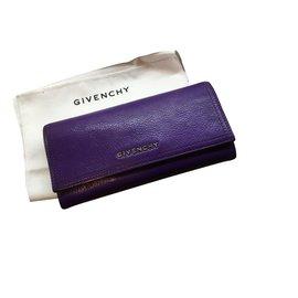 Givenchy-portefeuilles-Violet