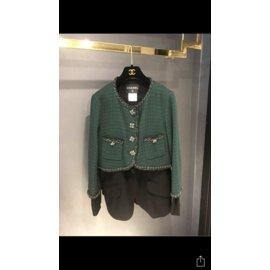 Chanel-Jacket Chanel-Vert