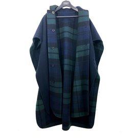 Burberry-Cape Burberry bleu unie et check vert et bleu réversible neuve avec étiquettes-Bleu