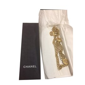Chanel-Ceintures-Doré
