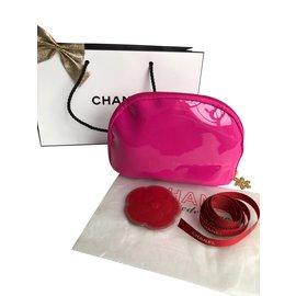 Chanel-Trousse à maquillage flocon de neige petite-Rose