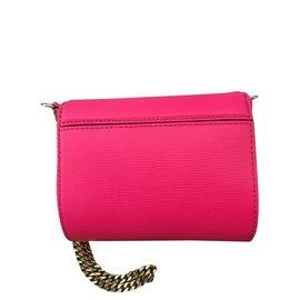 Second hand Givenchy Bags - Joli Closet 98c3e7f96e0b6