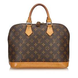 Second hand Luxury and Designer - Joli Closet ac5ed6b002c7