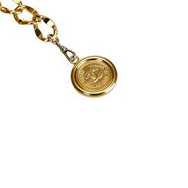 Chanel-Ceinture médaillon-Doré