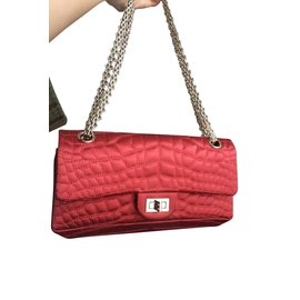 Chanel-2.55 réédition satin mock croc-Rouge,Doré