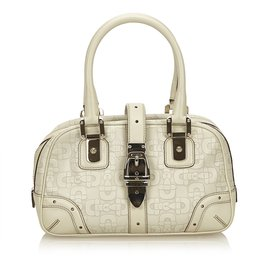 a29cb904061 Gucci Leather Horsebit Handbag White Cream. Second Hand Gucci Handbags Joli  Closet