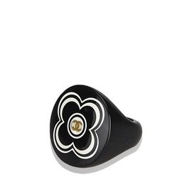Chanel-Camellia Ring-Black,White