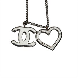 Chanel-Heart and CC Pendant Necklace-Silvery