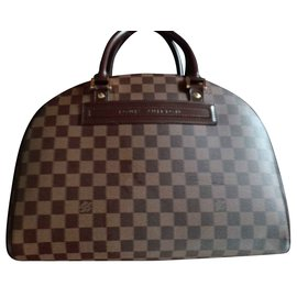 Louis Vuitton-Nolita-Marron