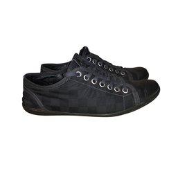9c9271f0ea2b Louis Vuitton-Damier graphite-Noir ...