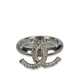 Chanel-CC Silver-Tone Ring-Silvery