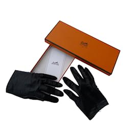 Hermès-Gloves-Black