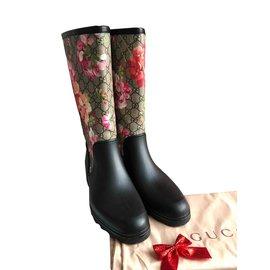 2f266876b728 Gucci-Bottes à fleurs-Noir ...