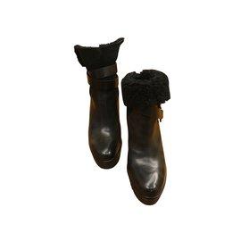 Moncler-Bottines noire en fourrure intérieur-Noir