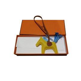 Hermès-Hermes rodeo charmm PM-Yellow