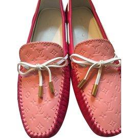 Louis Vuitton-Gloria Flat Loafer-Fuschia