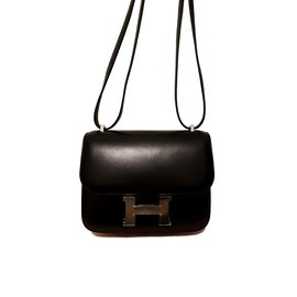 Second hand luxury designer - Joli Closet e3af105fb48d8