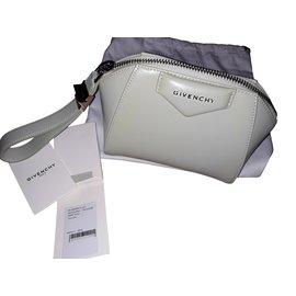 Givenchy-Pochette Givenchy Antigona-Vert clair